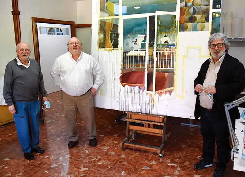 D'esquerra a dreta, Joquín Ureña, Jordi Soler, alcalde de Calonge i Sant Antoni, i Juan José Gallardo, coordinador de les exposicions.