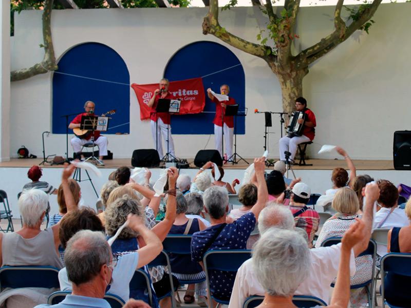 El concert va anar a càrrec del grup Vell Galligants. (Foto: Cáritas Interparroquial Palamós - Sant Joan).