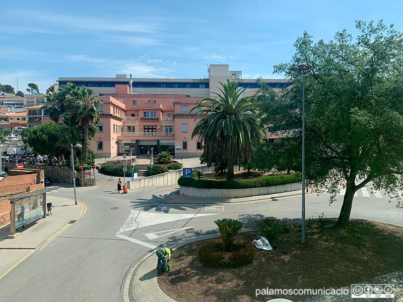 L'hospital de Palamós té a dia d'avui, 38 persones ingressades per COVID-19.