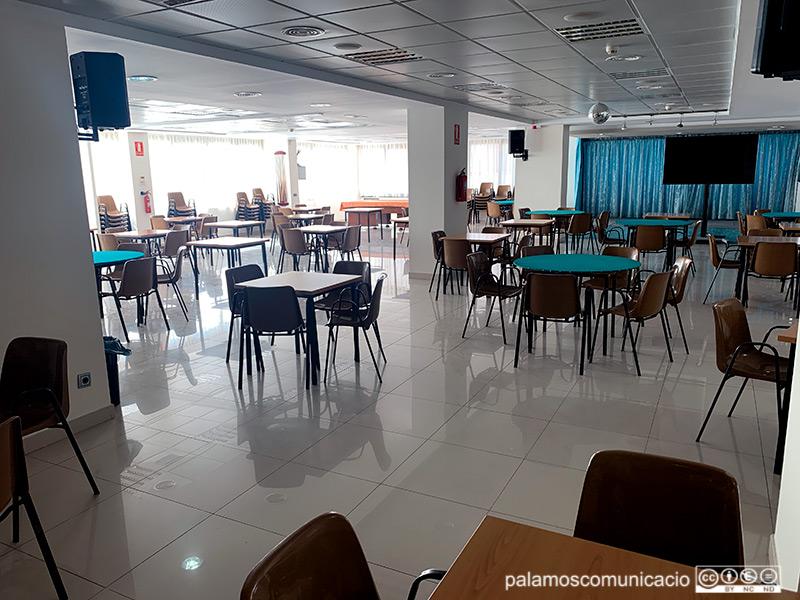 El local de la Gent Gran de Palamós va tornar a obrir el passat 7 de juny, després de quinze mesos tancat per la pandèmia.